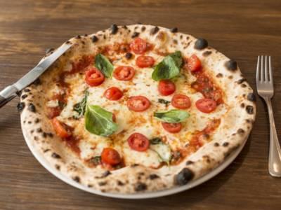 Facciamo la pizza con lievito madre, la ricetta ad alta digeribilità