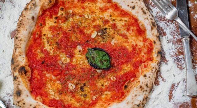 Pizza marinara fatta in casa: leggera e deliziosa