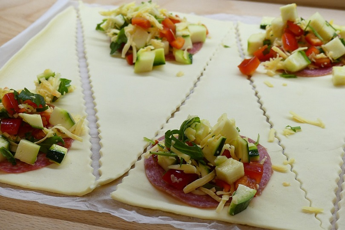 Triangoli di sfoglia salati