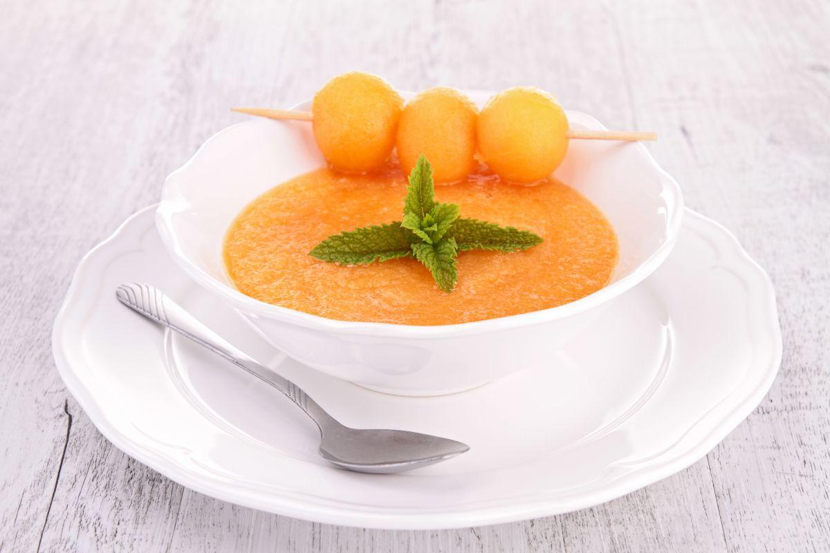 gazpacho al melone e menta senza glutine
