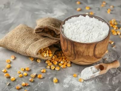 Usi dell'amido di mais per la bellezza e la cura della persona (e in cucina)