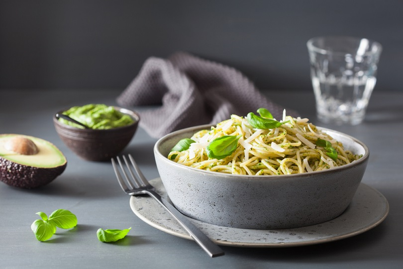 Carbonara con avocado