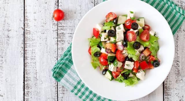 Insalata greca: un piatto tipico ricco di gusto