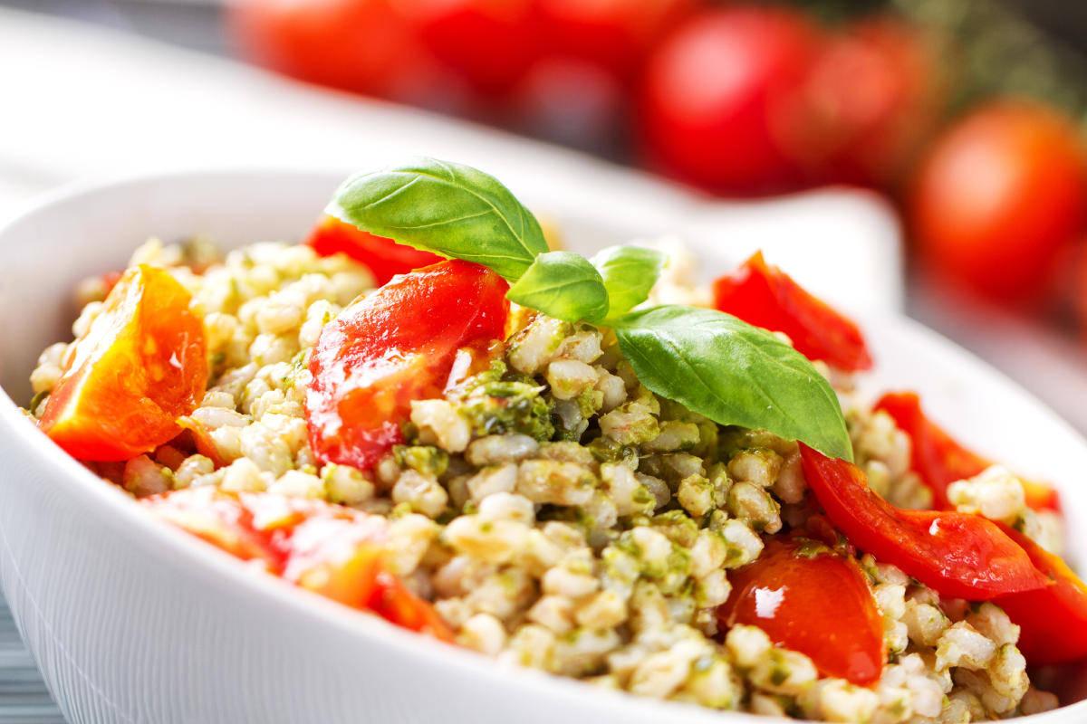 Orzotto al pesto e pomodorini