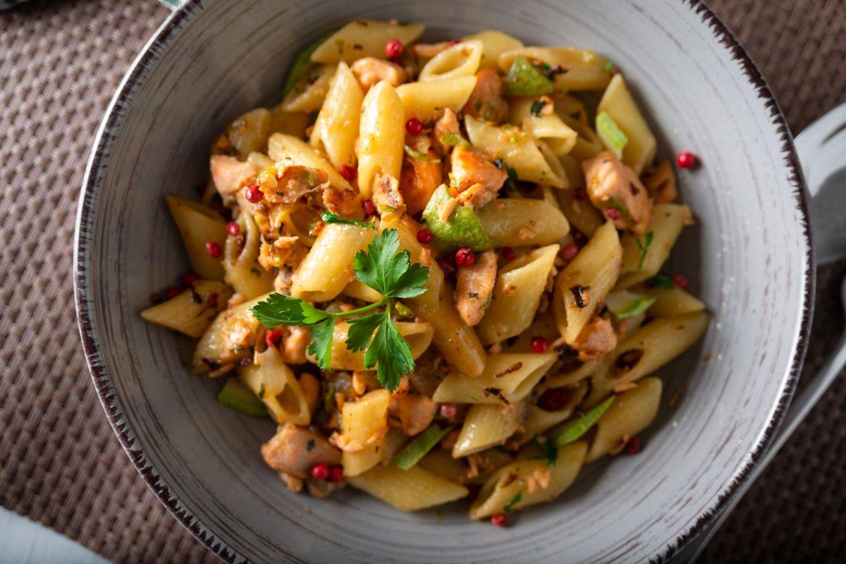 Pasta salmone e zucchine