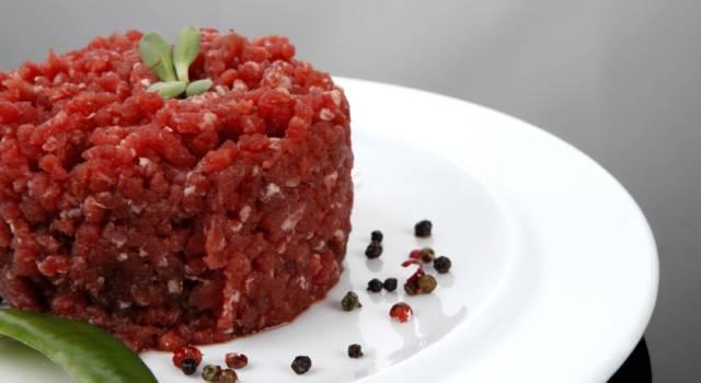 Tartare di carne di cavallo: antipasto di carne cruda
