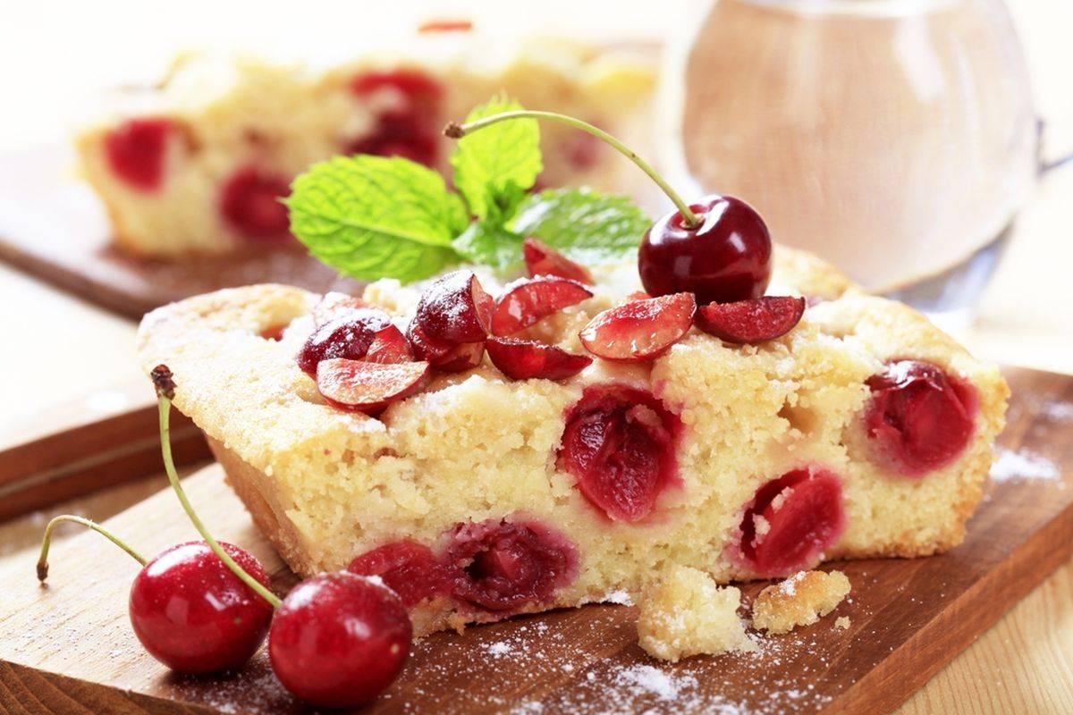 Torta di ciliegie senza glutine