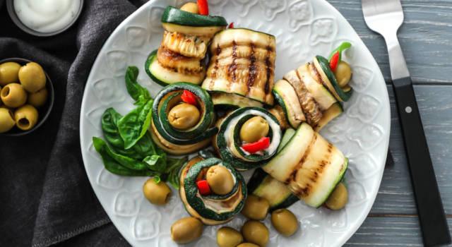 Involtini di zucchine alla mediterranea, semplici e veloci