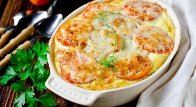 Timballo di riso estivo: la ricetta con pomodoro e mozzarella
