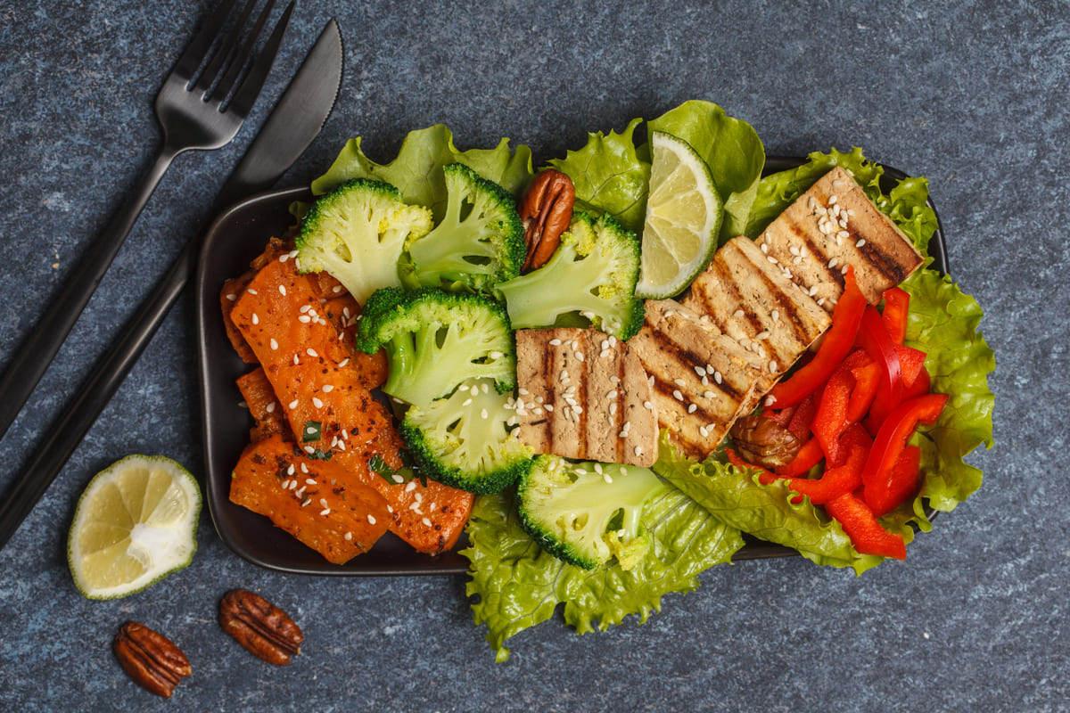 tofu alla griglia con verdure