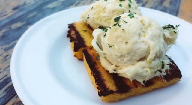 Crostini di polenta grigliata con baccalà mantecato: un'idea per i vostri antipasti!