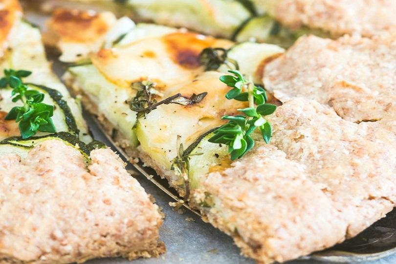 Torta salata integrale con zucchine