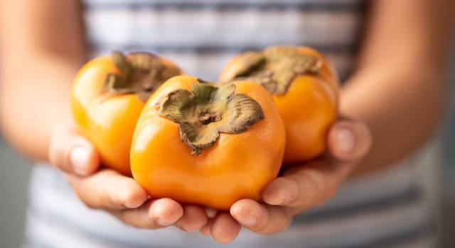 Che frutto, i cachi! Ecco proprietà, benefici e valori nutrizionali