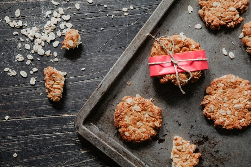 Biscotti con cocco e cereali
