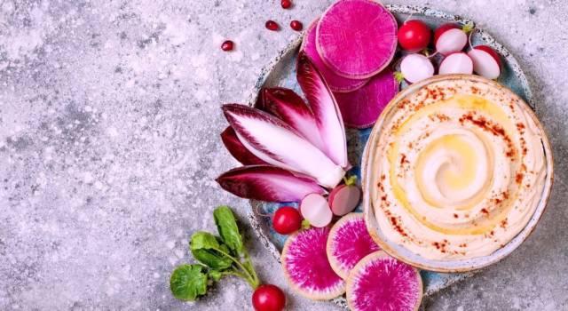 Hummus al radicchio: per un fantastico aperitivo d'autunno!