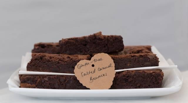 Torta al cacao e panna liquida: un dolce goloso e senza glutine!