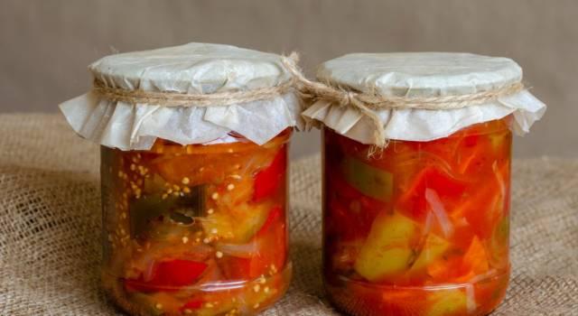 Antipasto alla piemontese: la ricetta originale di verdure miste sotto vetro