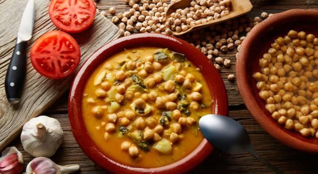 Crapiata materana, la zuppa di legumi della tradizione contadina