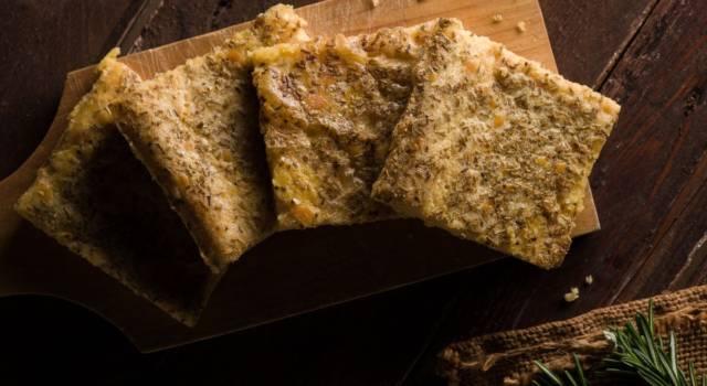 Farinata ai sapori invernali con scalogno e pecorino: è 100% gluten free!