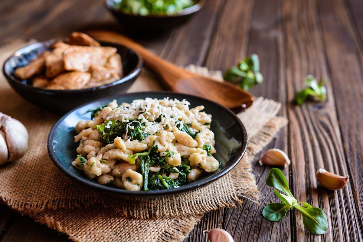 Straccetti di pollo e spinaci