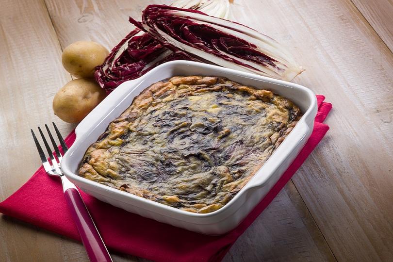 Sformato di patate e radicchio rosso: un ottimo piatto unico!