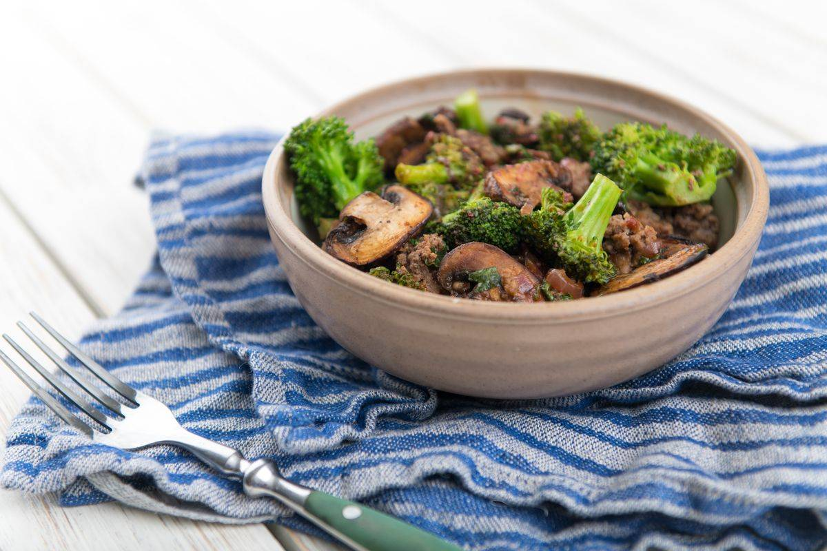 Broccoli e funghi in agrodolce