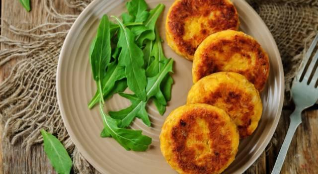 Frittelle di zucca salate: lasciatevi sorprendere dal loro gusto!