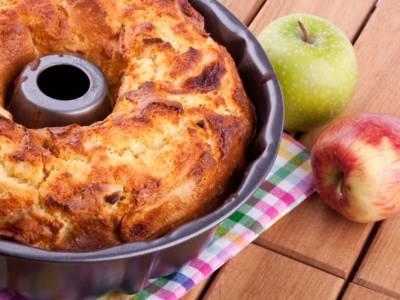 Torta di mele con mascarpone: impossibile resistere!