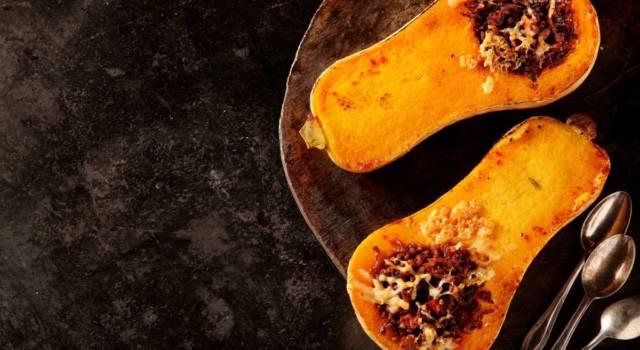 Zucca intera ripiena al forno: un'idea per le vostre cene autunnali!