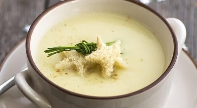 Crema di pastinaca alla curcuma: calda e invitante!