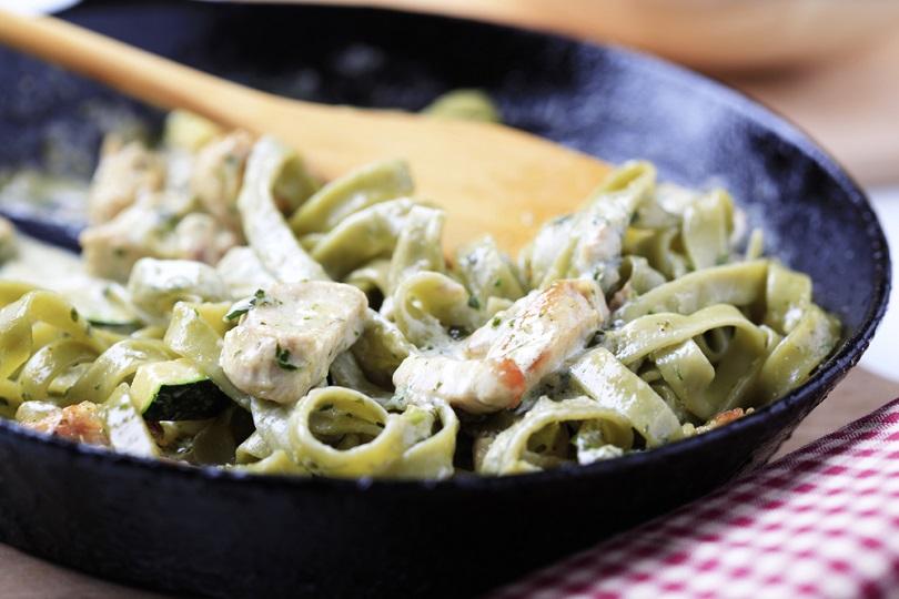 Tagliatelle verdi con verdure