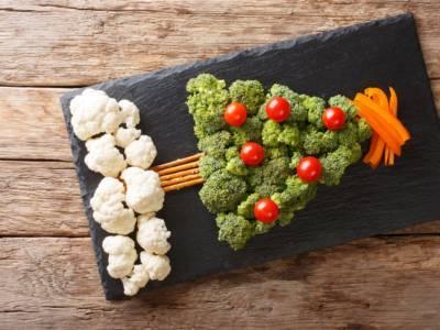 Albero di Natale di broccoli e verdure: light e d'effetto!