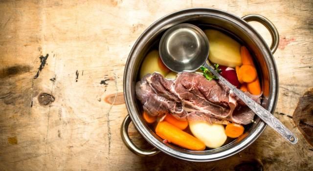 Come fare un buon brodo di carne: i segreti per la ricetta perfetta