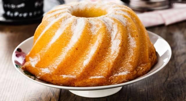 Ciambellone al limone altissimo: il dolce perfetto per la prima colazione!