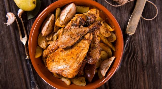 Ricetta del pollo con pere e patate: un ottimo secondo piatto!