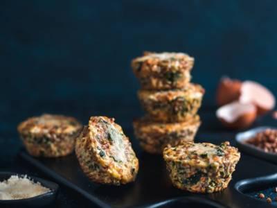 Muffin salati di grano saraceno e spinaci, naturalmente senza glutine