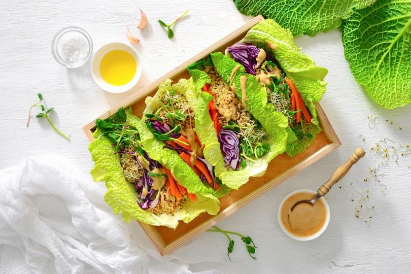 Ricette crudiste: tacos di verza