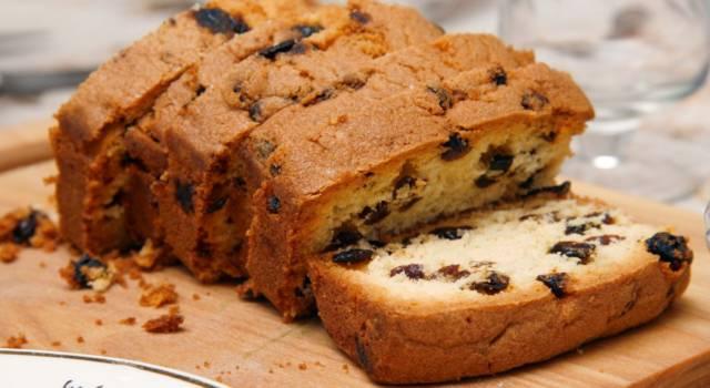 Questa torta con gocce di cioccolato vegana non vi farà rimpiangere quella tradizionale!