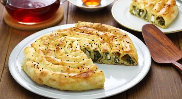 Torta rustica cicoria e formaggio: un piatto unico semplicemente buonissimo!