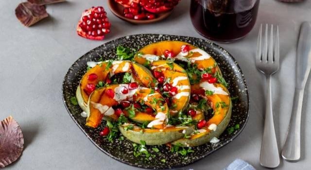 Zucca e cavolini di Bruxelles al forno con melograno: un contorno gluten free