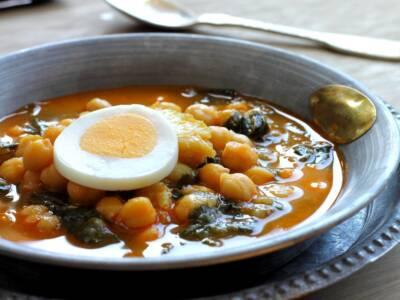 Zuppa di ceci, pomodoro e carote: un ottimo comfort food!