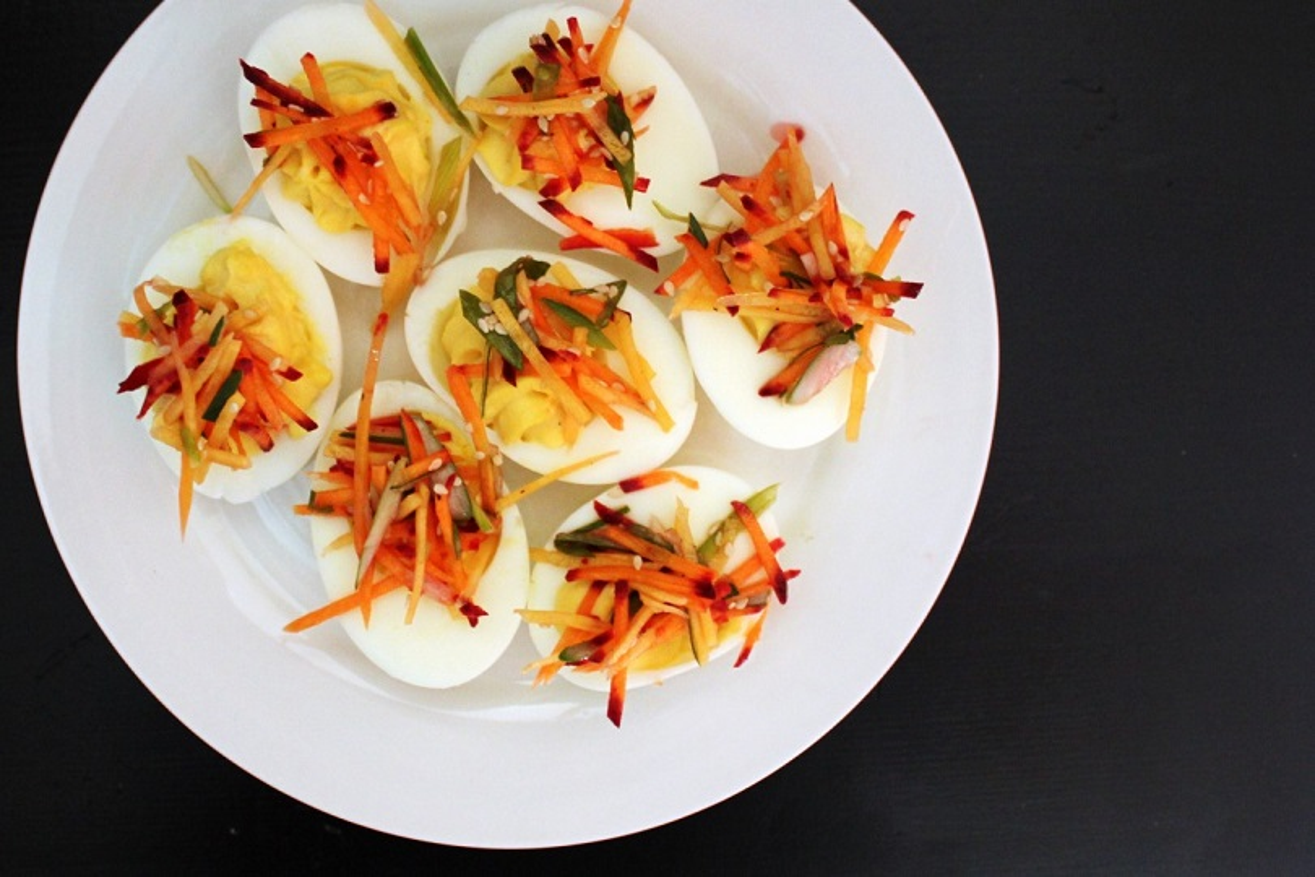 Uova con verdure