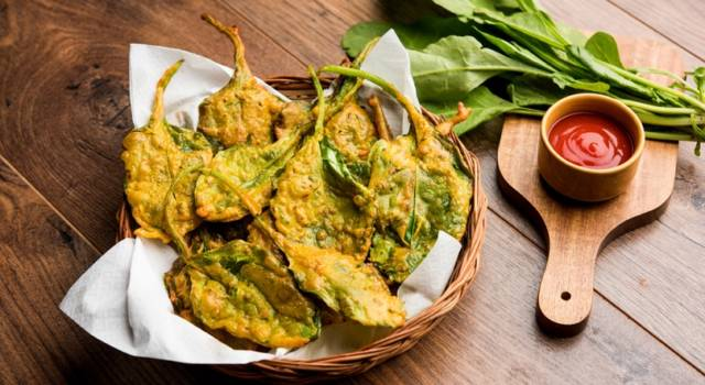 Spinaci croccanti fritti: un antipasto facile e sfizioso!