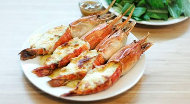 Gamberoni gratinati: la ricetta deliziosa per un piatto favoloso