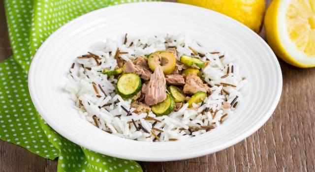 Come fare una deliziosa insalata di riso a regola d'arte: ricette, idee e consigli!