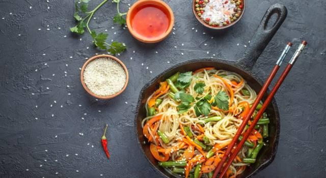 Spaghetti di soia con verdure: buoni come al ristorante (anzi, di più!)