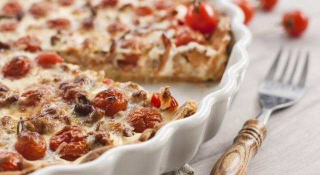 Torta salata salsiccia e pomodori ciliegini: gustosa!