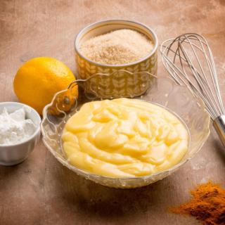 Crema pasticcera vegana, la ricetta con latte di soia