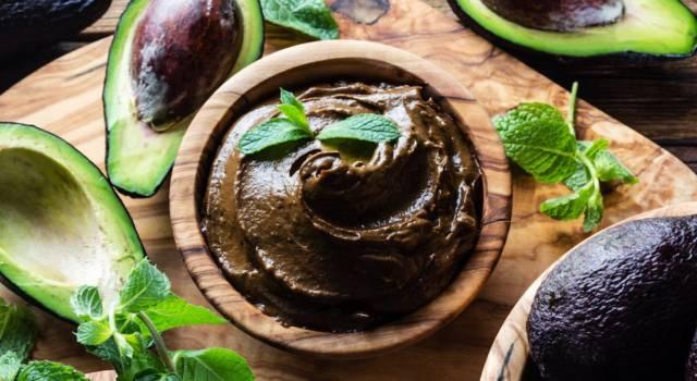 Crema di avocado: perfetta sul pane o per farcire crostate e biscotti