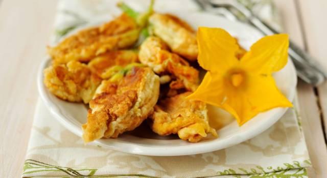 Fiori di zucca in pastella croccante: fritti e golosi!